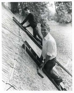 David begins learning how to thatch in 1985