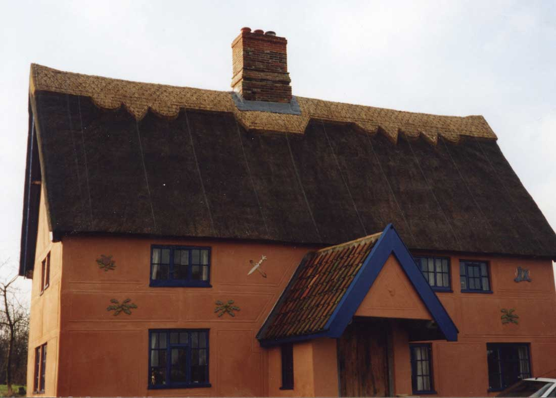 Thatched house in Bramfield