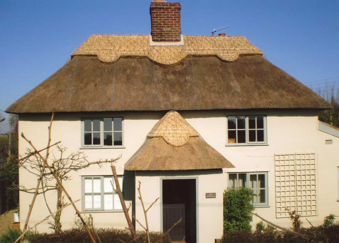 Thatched cottage at Eastbridge