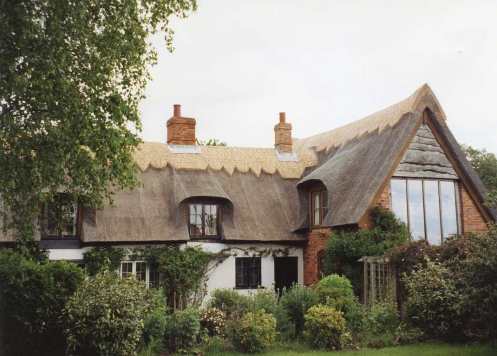Thatched house in Iken